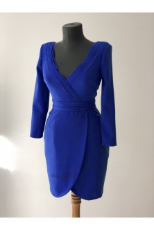 Rochie cu decolteu cu frounseuri din stofa royal blue