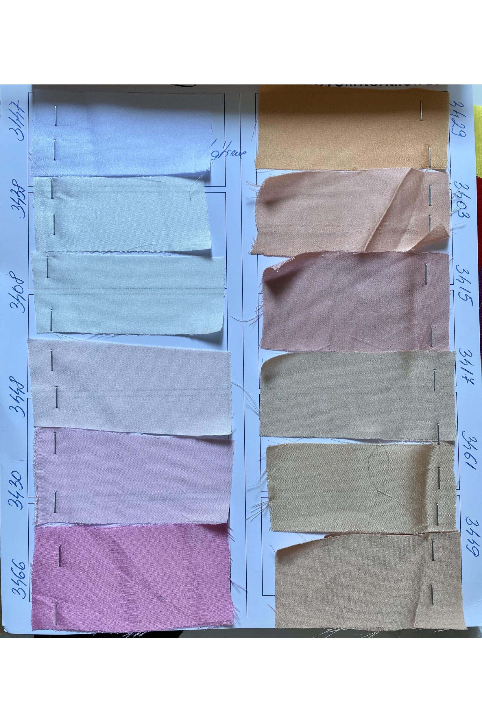 Bluza din Armanic Silk si Fusta din tulle cu brau brodat