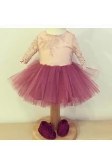 Rochie pentru fetita din broderie nude-rose si tulle zmeurica si botosei din catifea si dantela