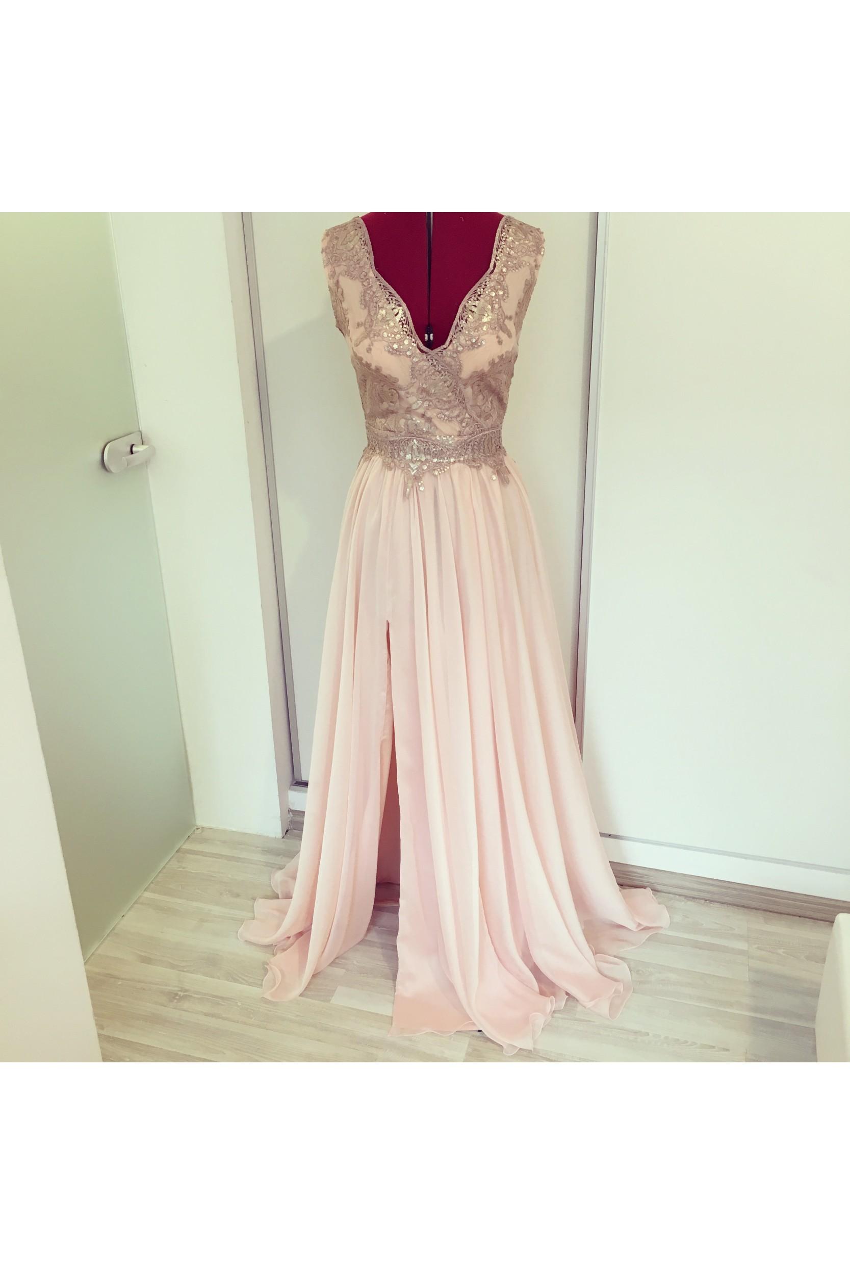 Rochie in clos dublu din voal rose quartz si broderie cu paiete bronz