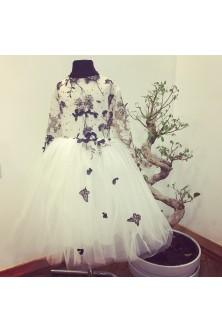 Rochie pentru fetita din broderie bleumarin cu fluturi 3d si tulle fin ivory