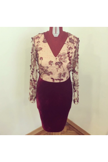 Rochie din broderie 3D si catifea marsala