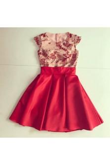 Rochie din broderie cu fluturi 3D si tafta rosie
